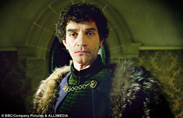 JamesFrain-WhiteQueen
