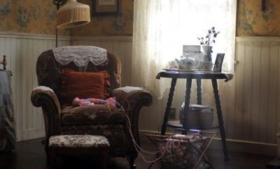 grans-sofa-1024x768